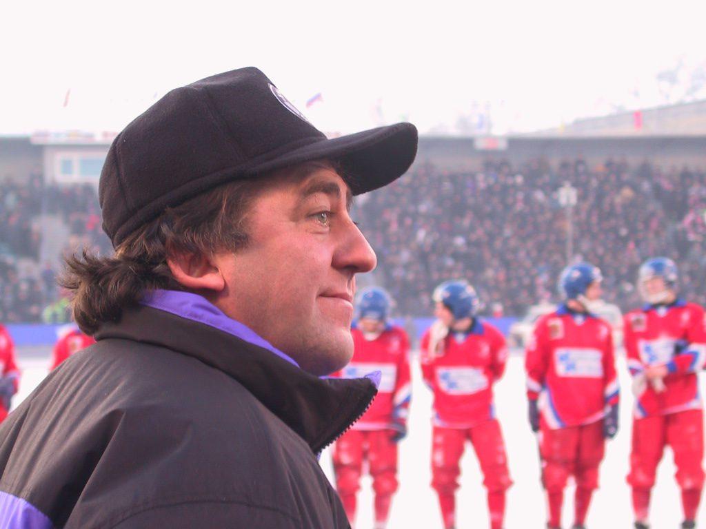 Sergej Lomanov d.ä. 2001, framgångsrik ledare i Jenisej.