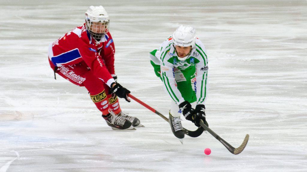 Tobias Holmberg gjorde första målet.