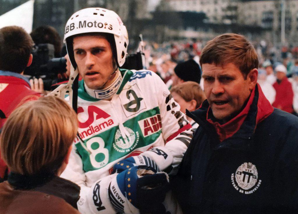 Ola Johansson och Sören Boström efter SM.guldet mot Boltic 1993. Det var Olas sista match och tionde guld som spelare.