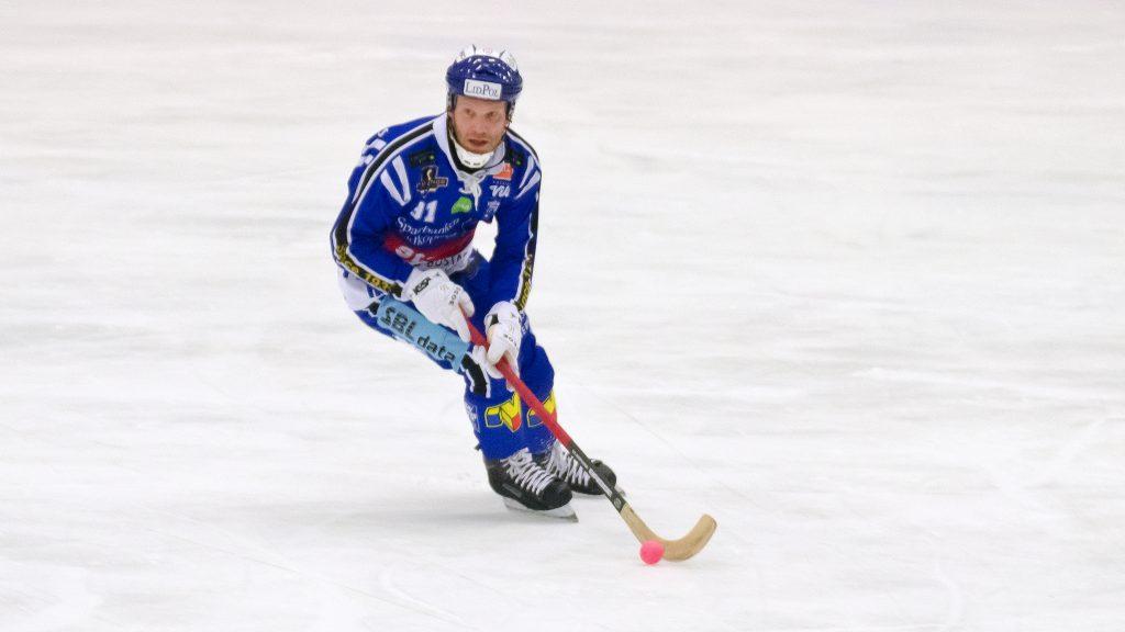 Johan Esplund gjorde ett mål + en assist.