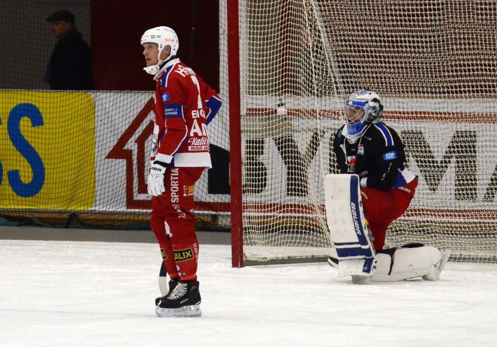 Olov Englund och Björn Hellman stretade emot länge innan de fick ge sig.